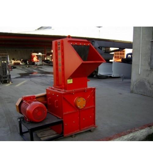 Дереводробильная машина DP 660 Р