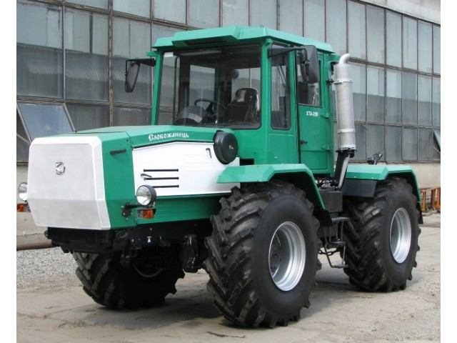 Трактор ХТА-200-10 Слобожанець Д-260.4 210 к.с.